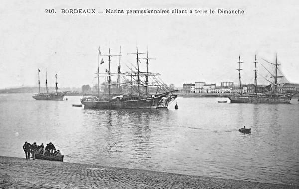 Bordeaux Marin permissionnaires allant à terre le dimanche ©