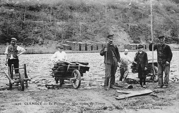 Bois Transport Clamecy Le flottage Une équipe de Tireurs  ©