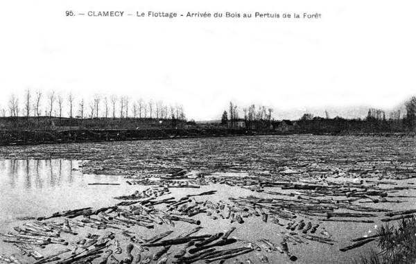 Bois Transport Clamecy Le flottage Arrivée du bois ©